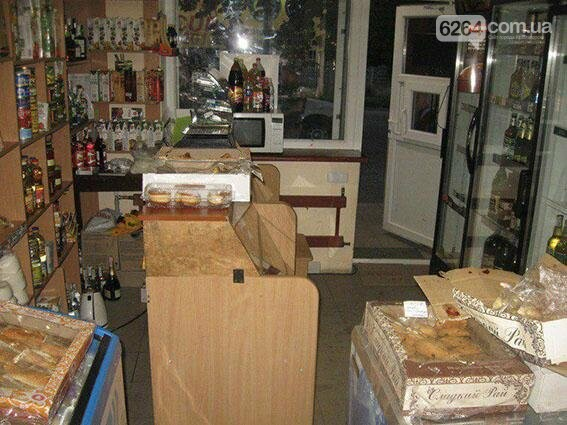 Краматорчанин напал на продавщицу за бутылку воды, фото-1