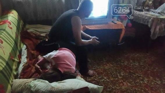Алкоголь и невыполнение родительских обязанностей: правоохранители Краматорска снова вынуждены забрать детей, фото-4