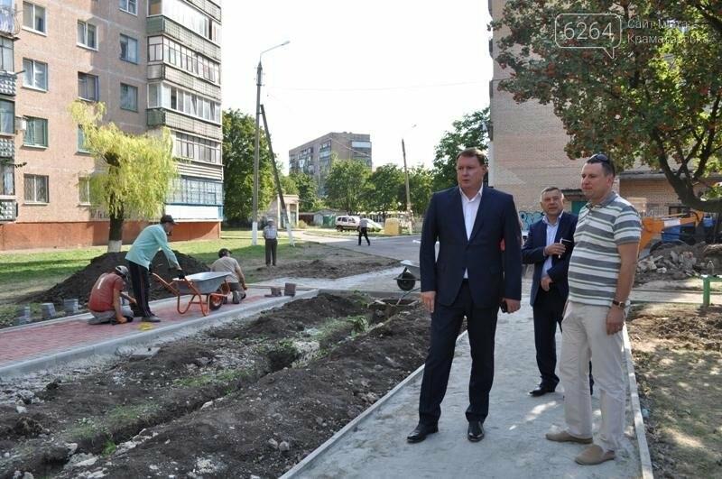 Ко Дню города Краматорск получит новые дороги, тротуары и скверы, фото-1