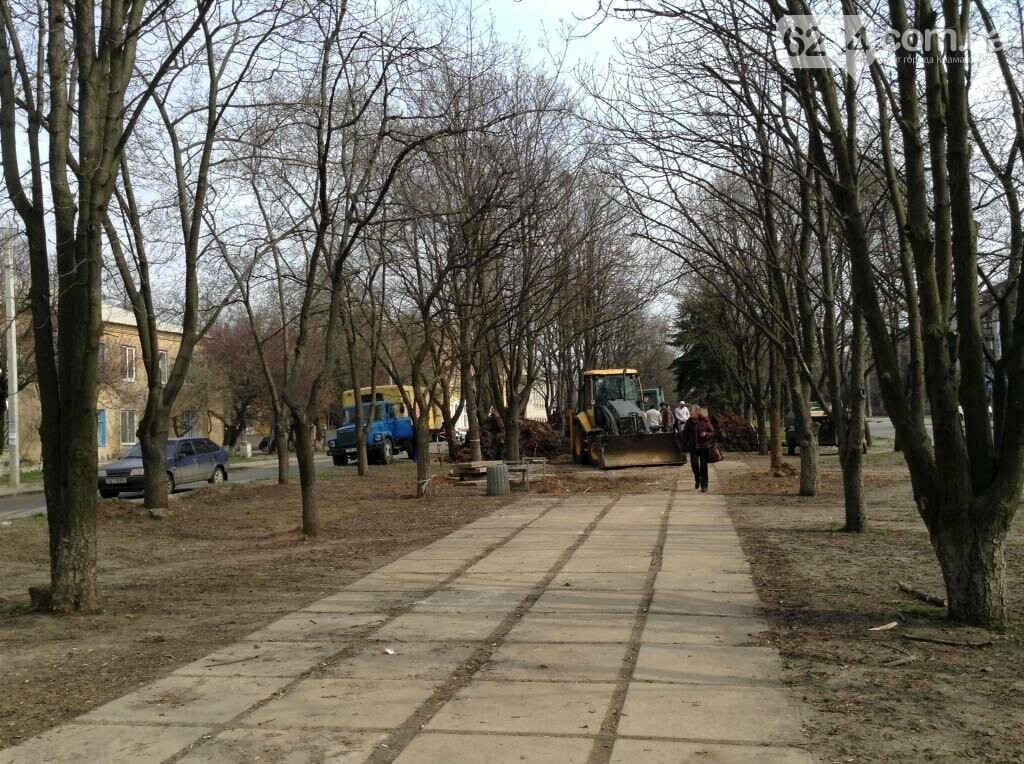 В центре  Краматорска новые ручьи и фонтаны ... из коллекторов , фото-2
