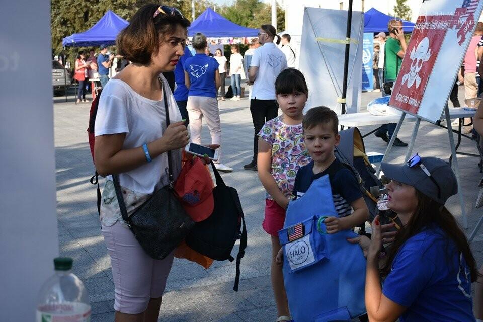 У Краматорську відзначили Всесвітній день гуманітарної допомоги, фото-11