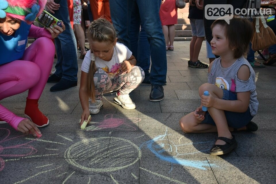 У Краматорську відзначили Всесвітній день гуманітарної допомоги, фото-15