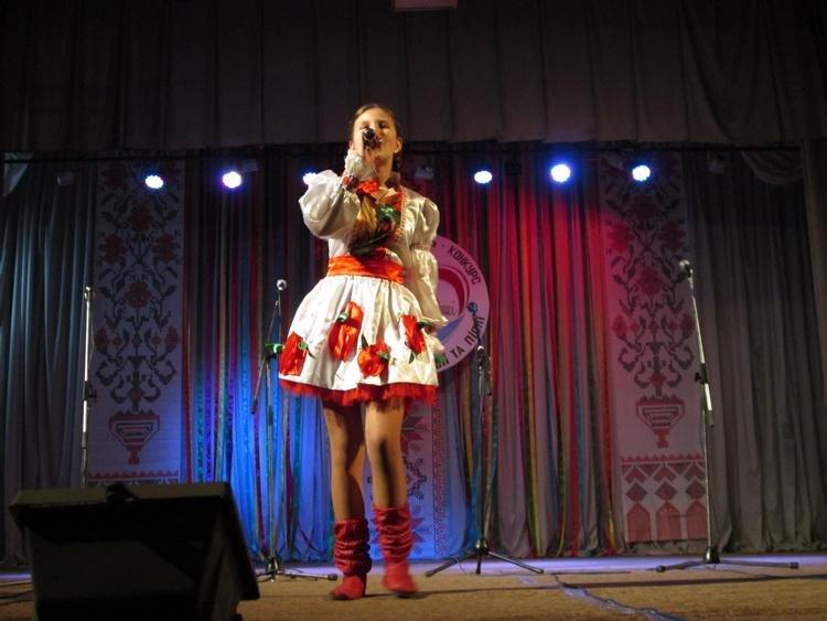 Ко Дню украинского языка и письменности в Краматорске провели фестиваль-конкурс, фото-1