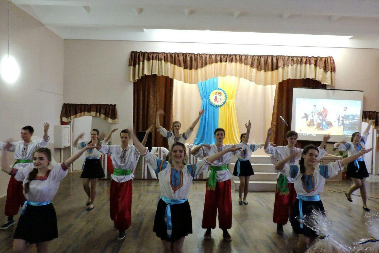 Дети Краматорска поздравили защитников с Днем Вооруженных сил Украины, фото-1