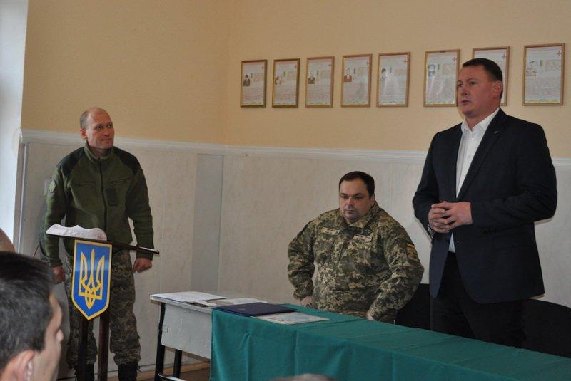 Мэр Краматорска поздравил военных с днем ВСУ, фото-2