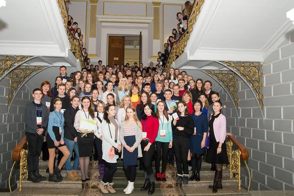 Школьница из Краматорска вышла в финал всеукраинского немецко-украинского проекта «Молодь дебатує», фото-2