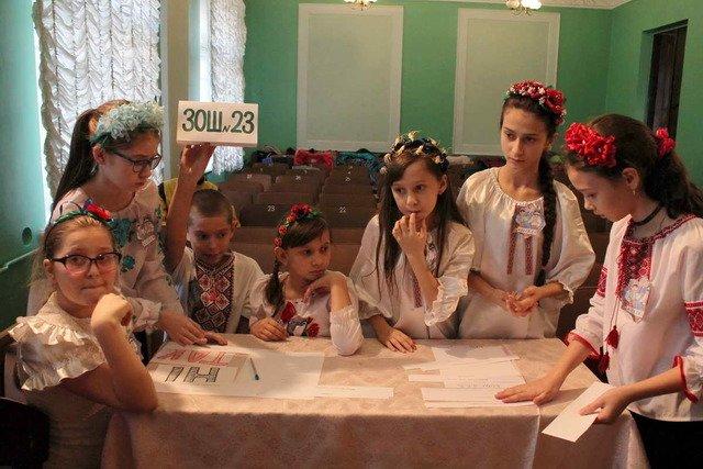 Школьники Краматорска соревновались в знаниях о новогодних праздниках, фото-3