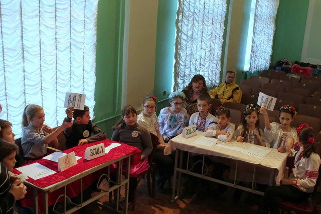 Школьники Краматорска соревновались в знаниях о новогодних праздниках, фото-1