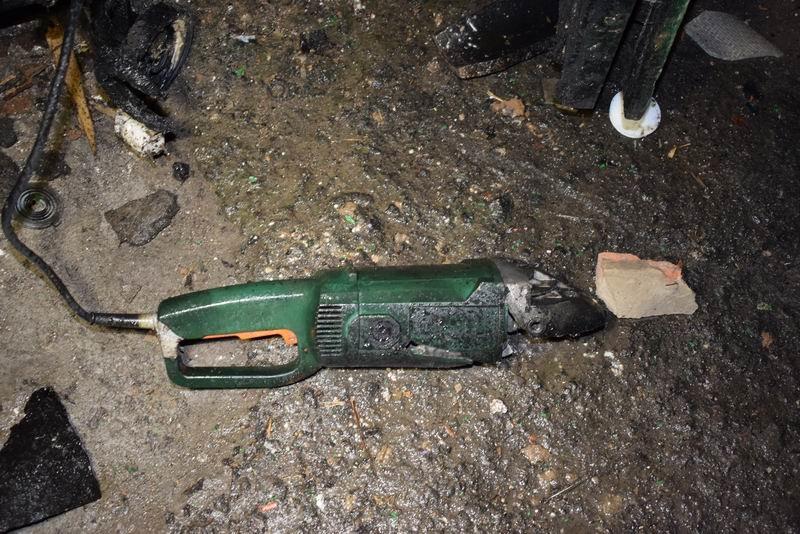В Славянском районе мужчина погиб, когда распиливал снаряд болгаркой, фото-1