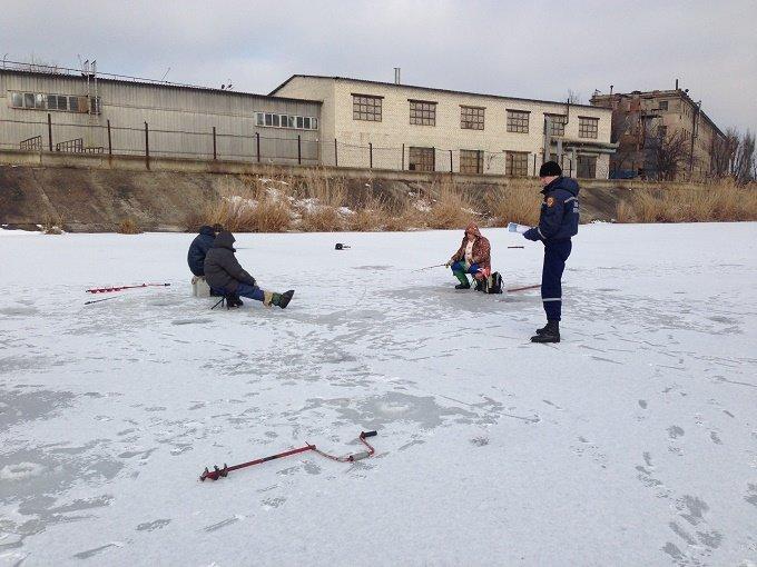 Краматорские спасатели предупреждают об опасности на зимних водоемах, фото-2