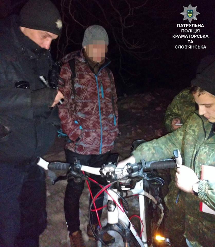 За ночь полицейские обнаружили в Краматорске трех граждан с запрещенными веществами, фото-1