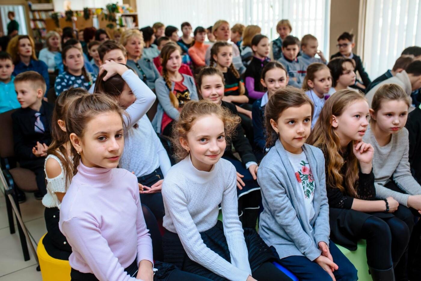 «Сила дівчат» – у Краматорську презентували книжку про видатних українок, фото-1