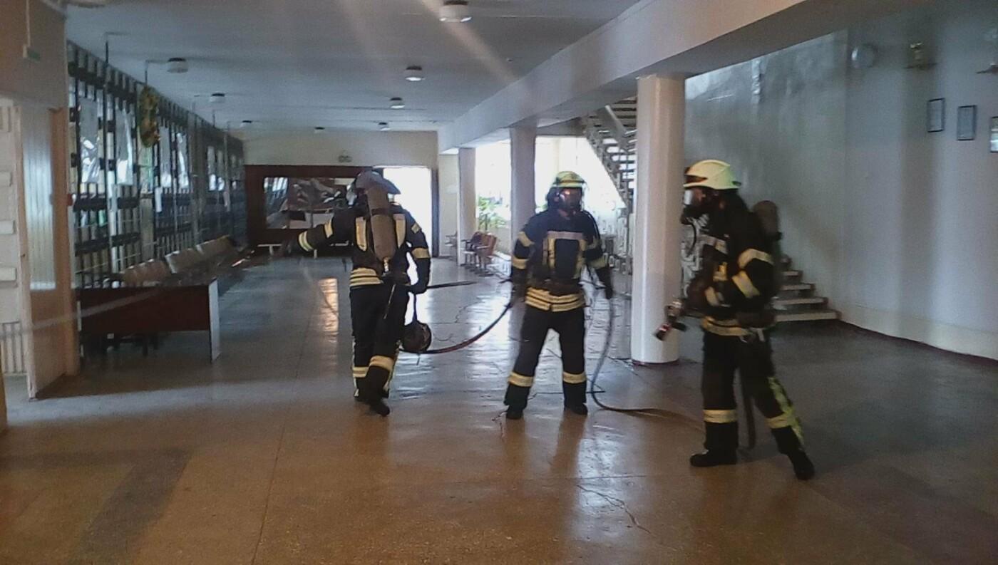 Краматорские спасатели провели тренировочные занятия по сигналу «Тревога» в ОШ №8, фото-3