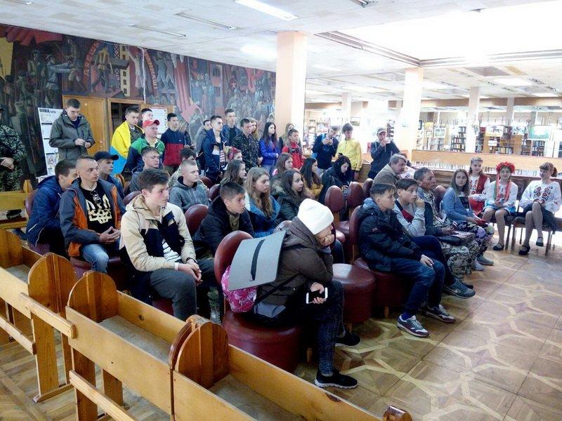 В Краматорске встретили агитпоезд «Труханівська Січ», фото-3