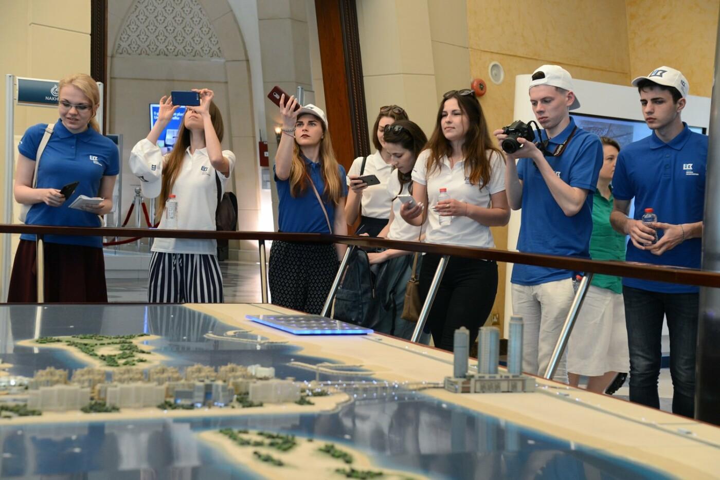 Борис Колесников показал студентам-архитекторам из Краматорска Дубай, фото-3