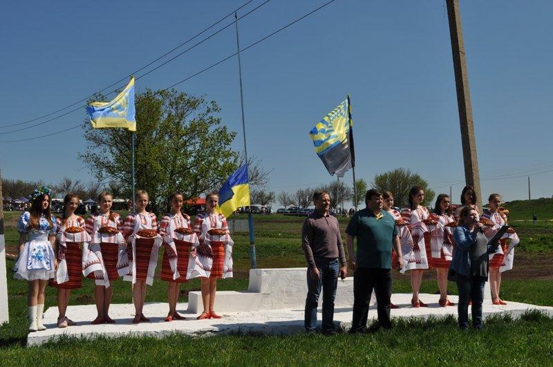 В Краматорске стартовал традиционный мотокросс: в Кутовой балке собрались полсотни лучших спортсменов Украины, фото-1