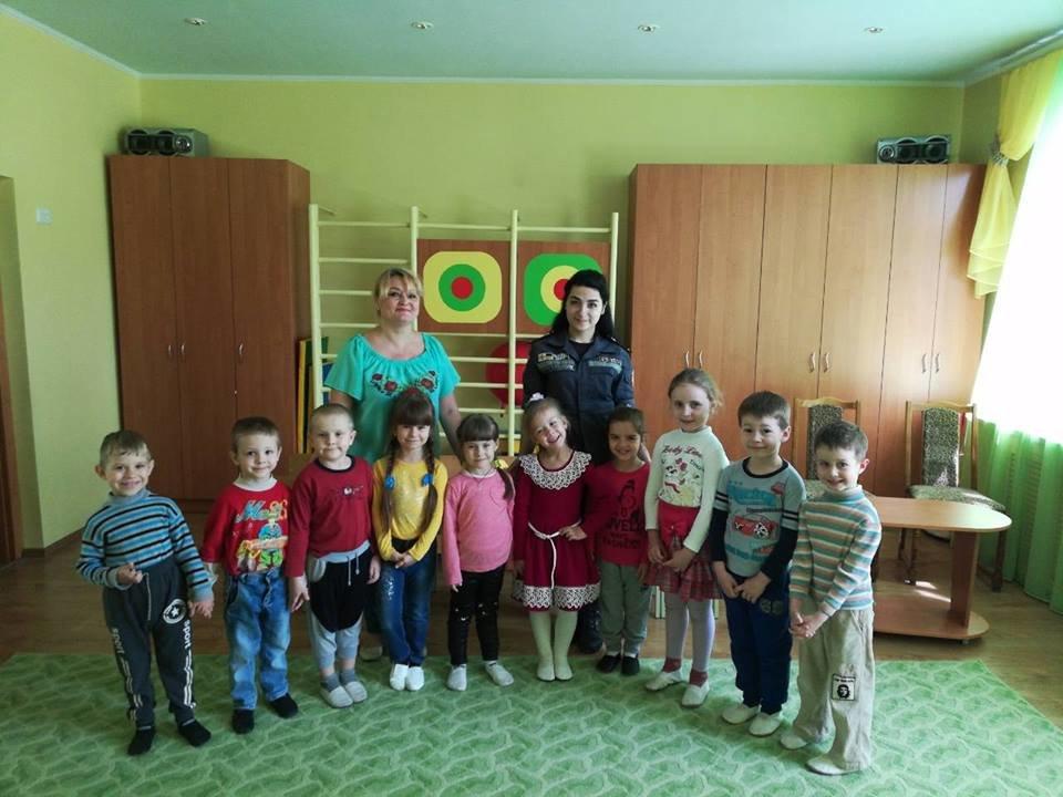 Спасатели Краматорска ходили в гости к дошкольникам, фото-1