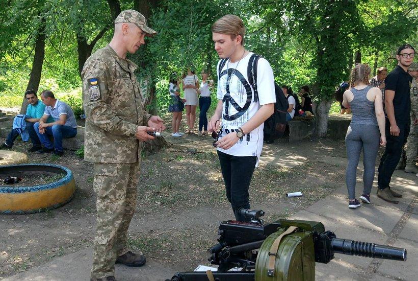 В Краматорске провели военные учебно-полевые сборы для старшеклассников, фото-3