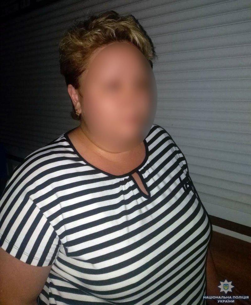 На Донеччині затримано угрупування за підозрою у серії шахрайств відносно переселенців, фото-1