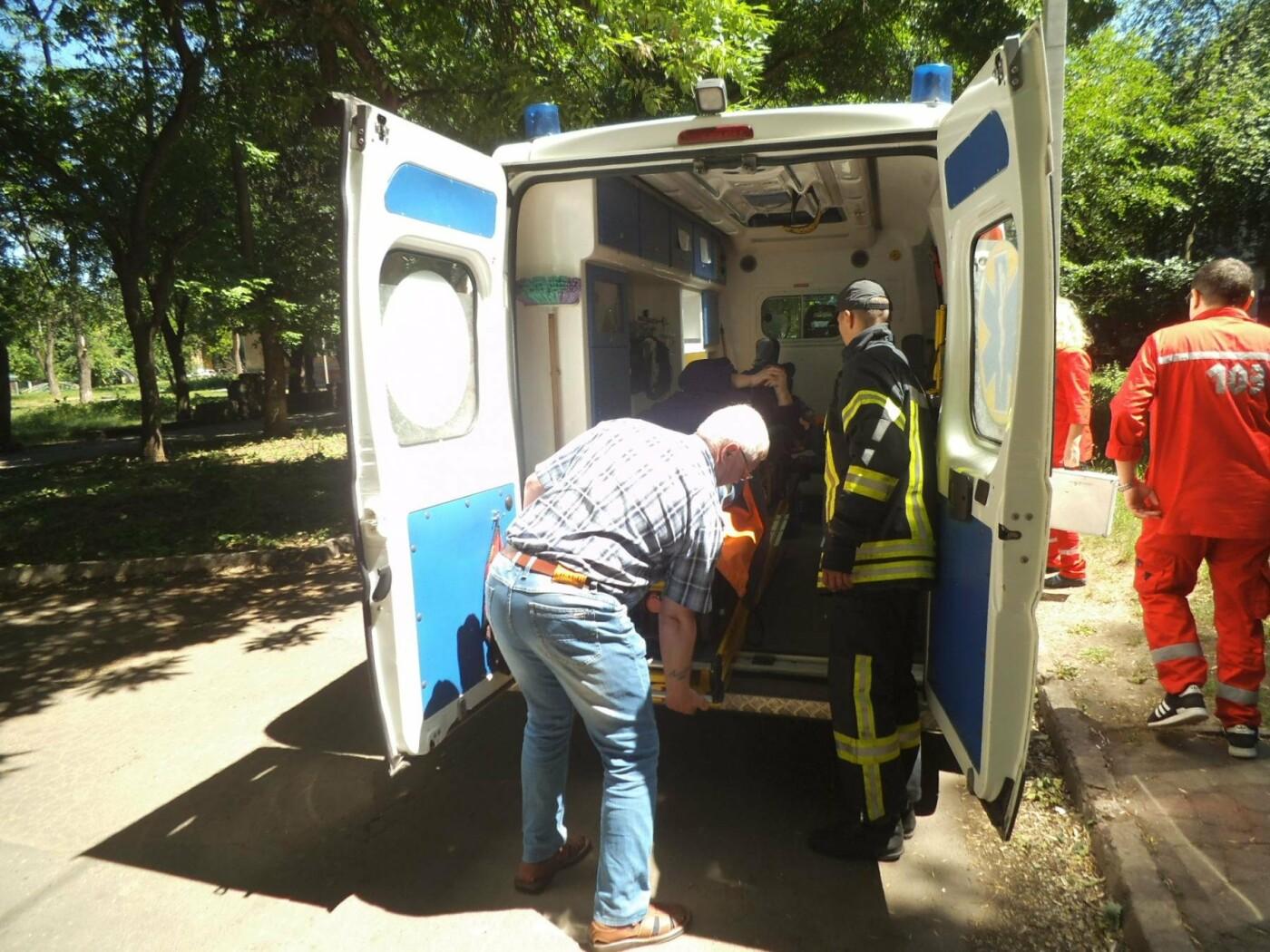 Мужчина получила ожог ног на пожаре в Краматорске, фото-2