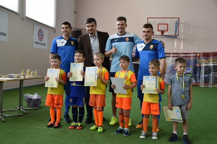 Найменші краматорські футболісти отримали свої перші винагороди, фото-1