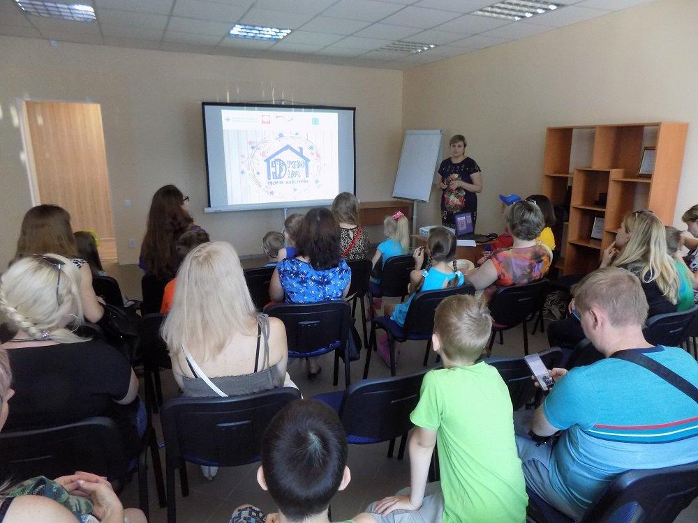 «Карітас Краматорськ» презентував творчу майстерню по работі з деревом, фото-1