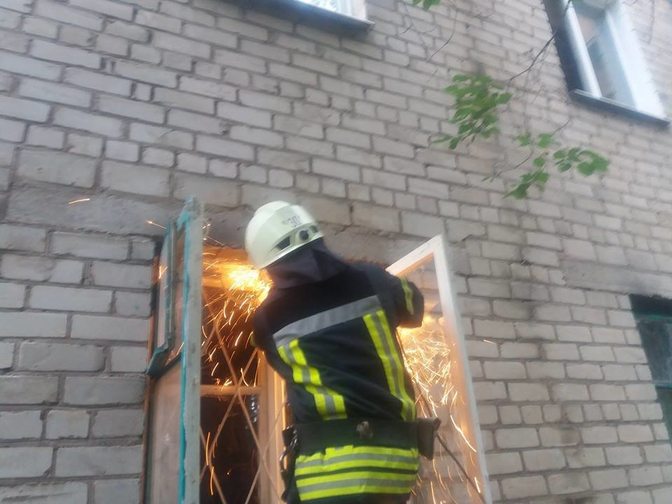 За сутки краматорские спасатели дважды оказывали помощь населению, фото-1