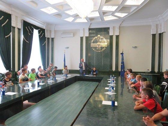Краматорские боксеры побывали в Хмельницком городском совете, фото-1