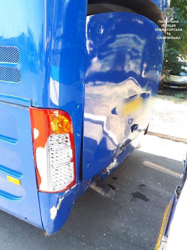 В Краматорске из-за невнимательности водителя произошло ДТП, фото-1