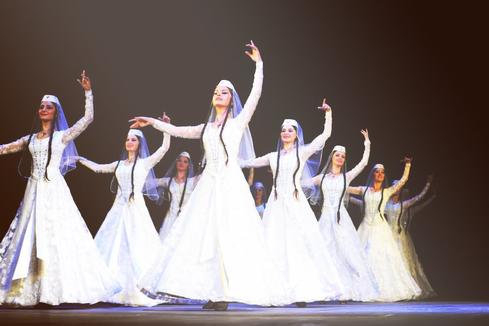 Грузинский ансамбль «Кутаиси» в Краматорске: гостей выступления ждет не только феерия танца, но и головокружительные скидки, фото-1