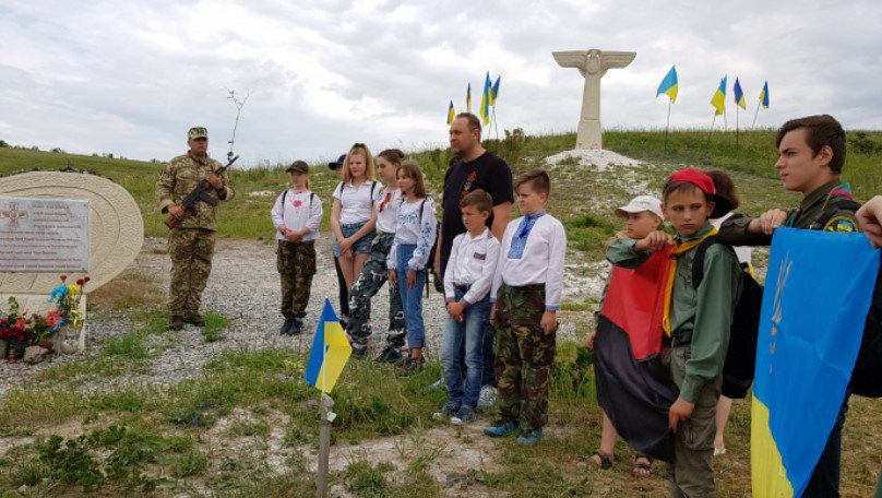 В Славянском районе фестиваль воздушных змеев в честь погибших летчиков ВСУ, фото-2