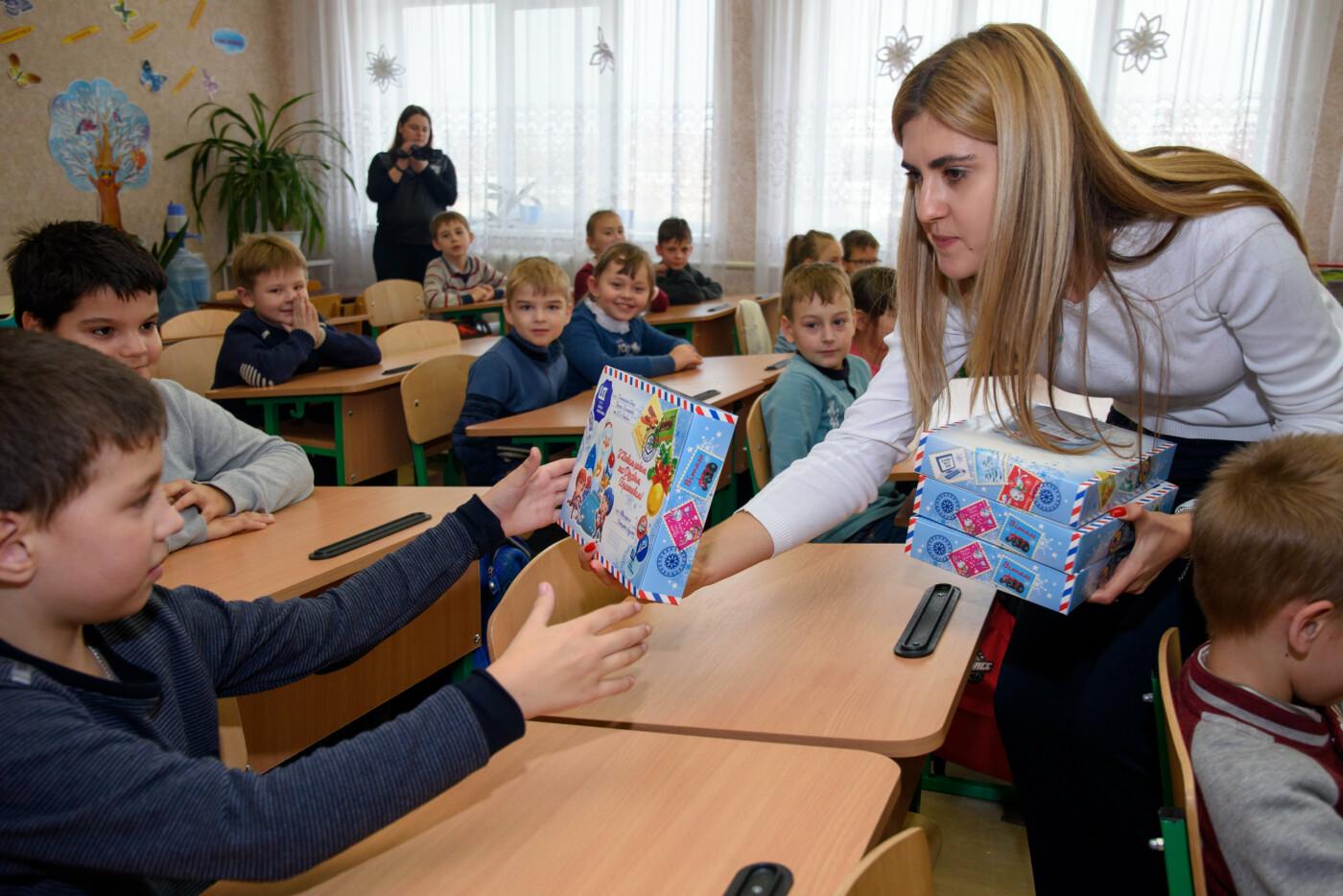 В День Николая 61000 школьников получили сладкие подарки от Фонда Бориса Колесникова, фото-2