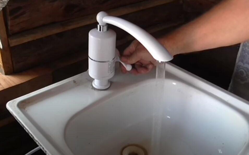 Проточный водонагреватель - кран